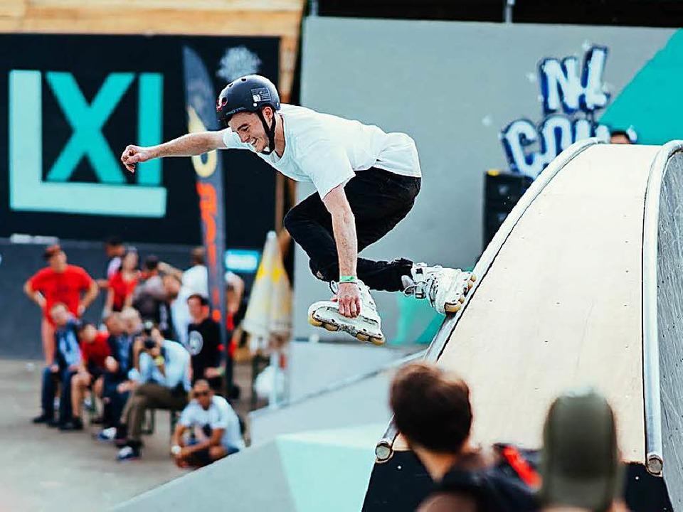 Waghalsige Sprünge und Akrobatik zeige...eilnehmer des NL Contest in Straßburg.  | Foto: Bartosch Salmanski