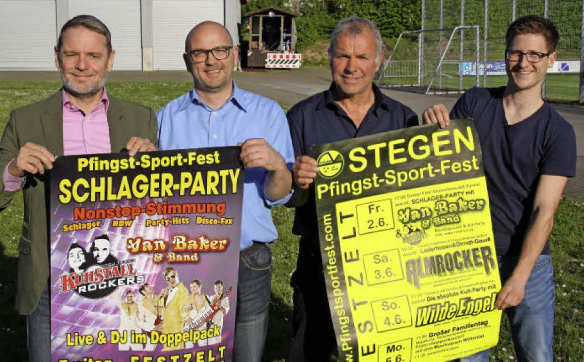 Das Organisationsteam aus Björn Ehler,...nks) freut sich aufs Pfingstsportfest.  | Foto: A. Peikert