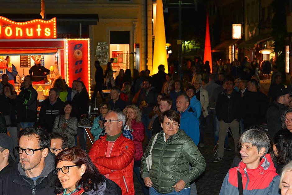 Eindrücke von der 11. Emmendinger Einkaufsnacht (Foto: Benedikt Sommer)