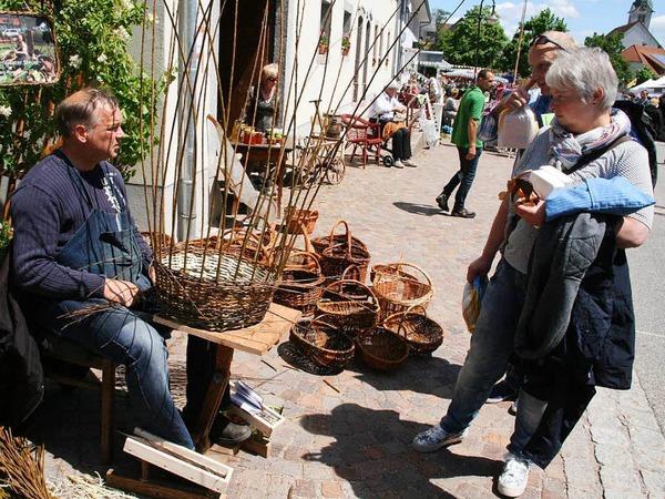 Vieles zu sehen und zu bestaunen gab es am Sonntag in Görwihl. Peter Schütz hat das Marktgeschehen fotografiert.