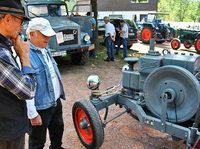 Oldtimer in Wittnau: Traktoren, so weit das Auge reicht