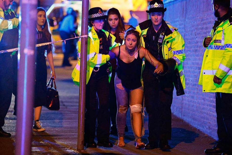 Bei einem Konzert des US-Popsternchens Ariana Grande in Manchester gab es eine Explosion mit vielen Toten. (Foto: dpa)