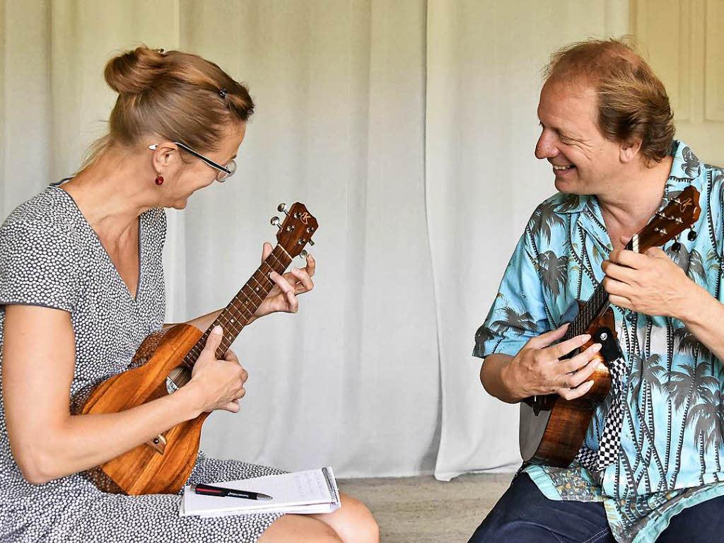 freiburg selbstversuch wie schnell kann man ukulele. Black Bedroom Furniture Sets. Home Design Ideas