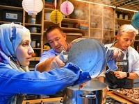 Geflüchtete und Einheimische kochen gemeinsam in Lörrach