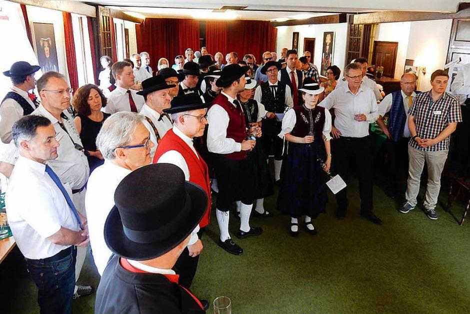 Zum Empfang der Stadt Elzach kamen zahlreiche Gäste. (Foto: Kurt Meier)