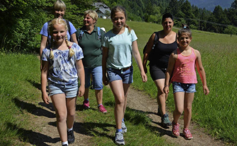 Mütter und Töchter machten sich gemein...11),  Steffi Wehrle (38) und Lena (8).  | Foto: Jana Luck