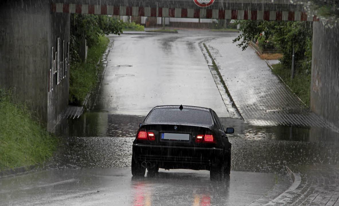 Starke Regenfälle in Riegel  | Foto: Hans-Peter Ziesmer