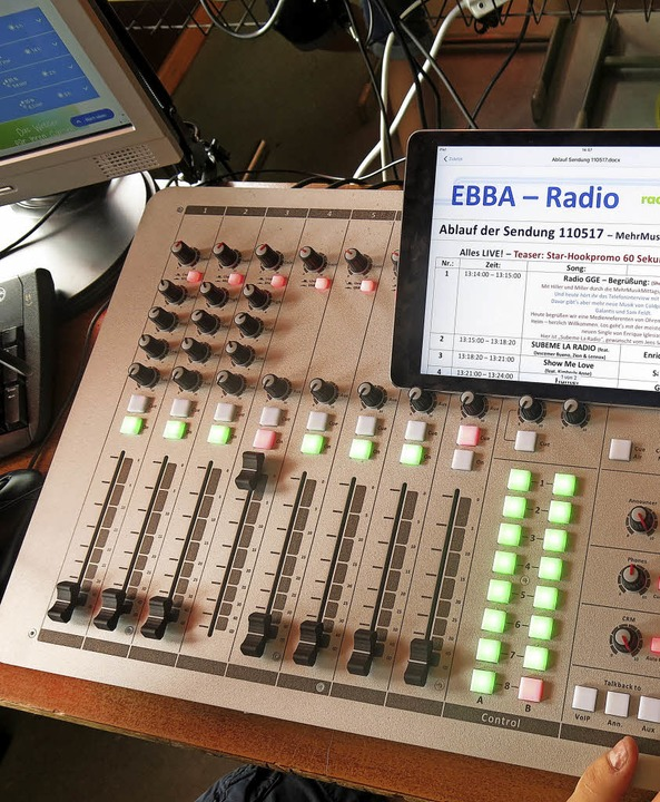 Das Herzstück des Radiostudios vom EBBA-Radio  | Foto: Georg Voß