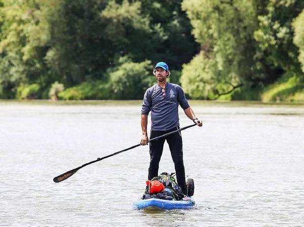 Merijn Tinga will in 30 Tagen 1200 Kilometer auf seinem Stand-up-Paddleboard zurücklegen.