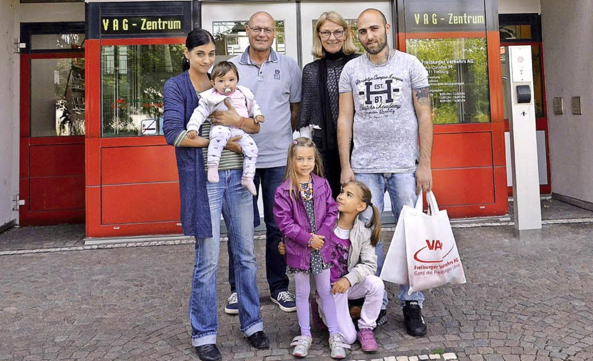 <BZ-FotoAnlauf>Amelie</BZ-FotoAnlauf> ...it ihrer Familie an ihrem Geburtsort.     Foto: Privat