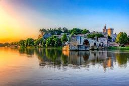 Frankreichs Süden auf den Flüssen
