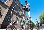 16 sehenswerte Fotos historischer Fahrräder