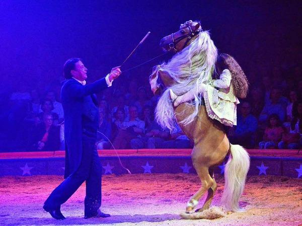 Menschen, Tiere, Sensationen: die Premiere des Schweizer Nationalcircus Knie in Basel.
