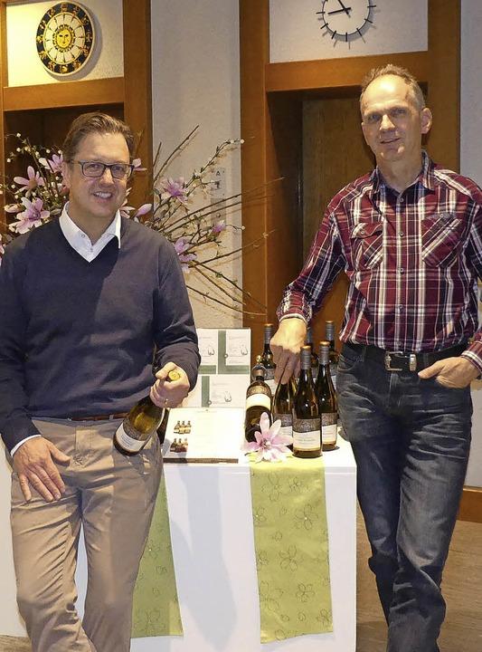 Volker Paschke (links), Geschäftsführe...ich schon auf die Ihringer Weintage.      Foto: Ulrike Ott