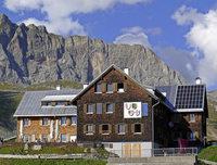Die Sektion Freiburg des Alpenvereins zeigt die Geschichte der Freiburger Hütte