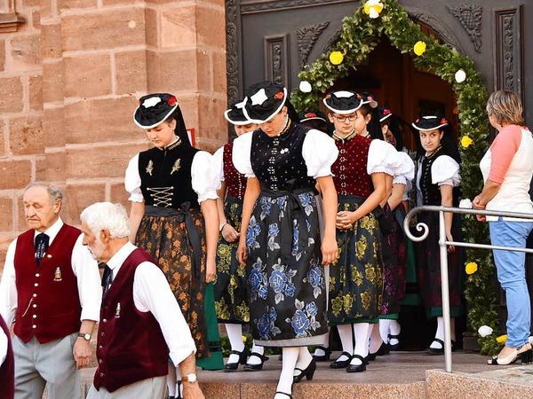 Die Gemeinde St. Peter im Schwarzwald feierte mit einer großen Prozession Fronleichnam. Auch die Vereine und Trachtenträgerinnen und Träger reihten sich ein.