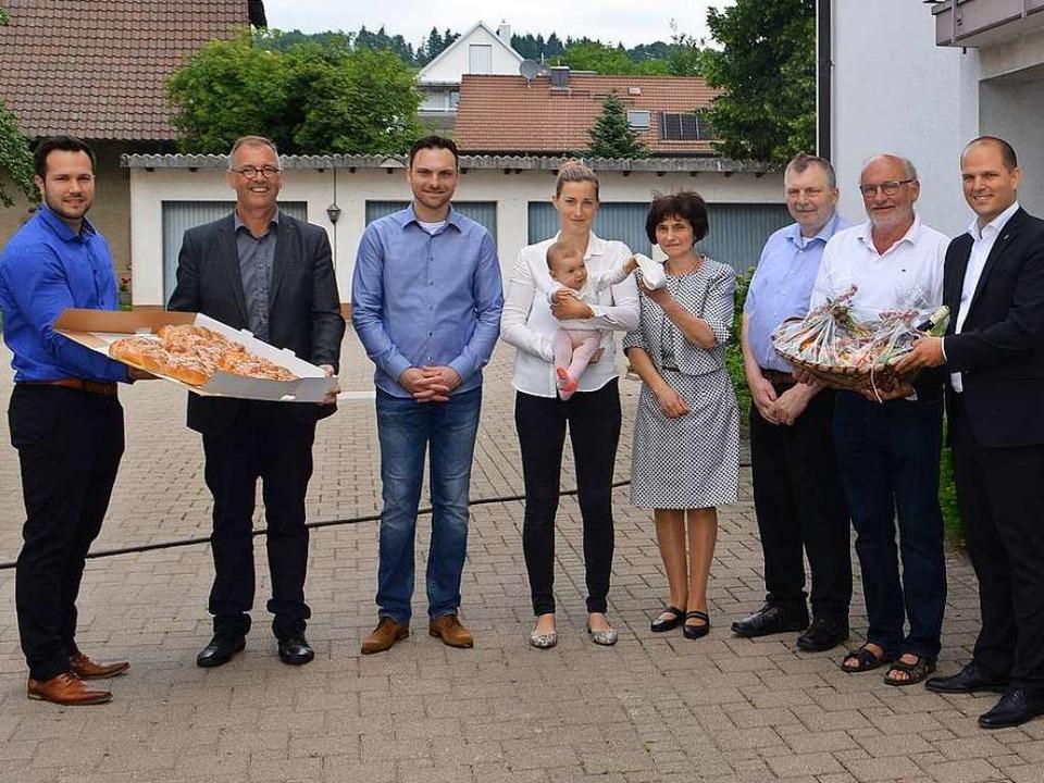 Simon Schätzle, Klaus Wehrle, Christia...sele und OB Roman Götzmann (von links)  | Foto: Nikolaus Bayer