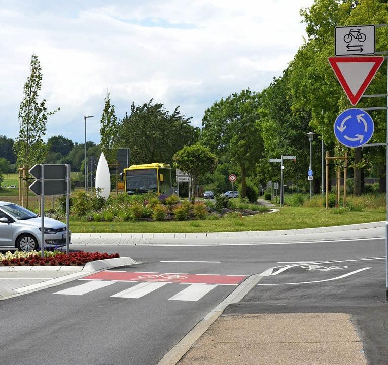 Kreisverkehr II Basler Straße Richtung Tunsel  | Foto: Sebastian Krüger