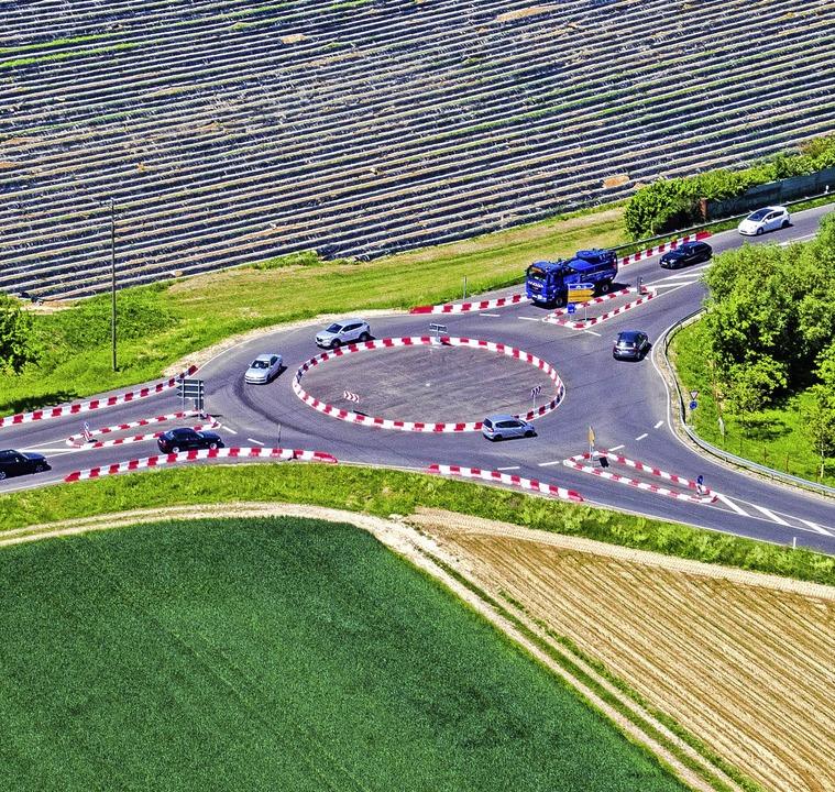 <BZ-FotoAnlauf>Der Provisorische</BZ-F...nche beim Durchfahren an die Formel 1.  | Foto: Matthias Weniger