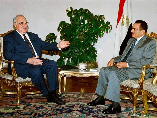 Kohl trifft am 3. Juni 1995 den damaligen ägyptischen Präsidenten Hosni Mubarak.