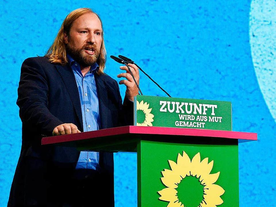 Anton Hofreiter knöpft sich die Bundesregierung und die anderen Parteien vor.  | Foto: dpa