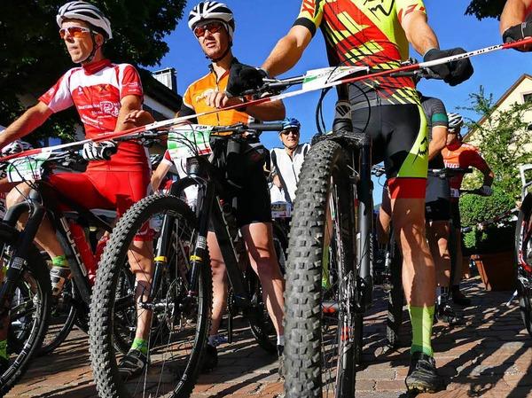 Ideale Bedingungen herrschten beim Ultra Bike in Kirchzarten. Über 4600 hochmotivierte Teilnehmer gingen an den Start.