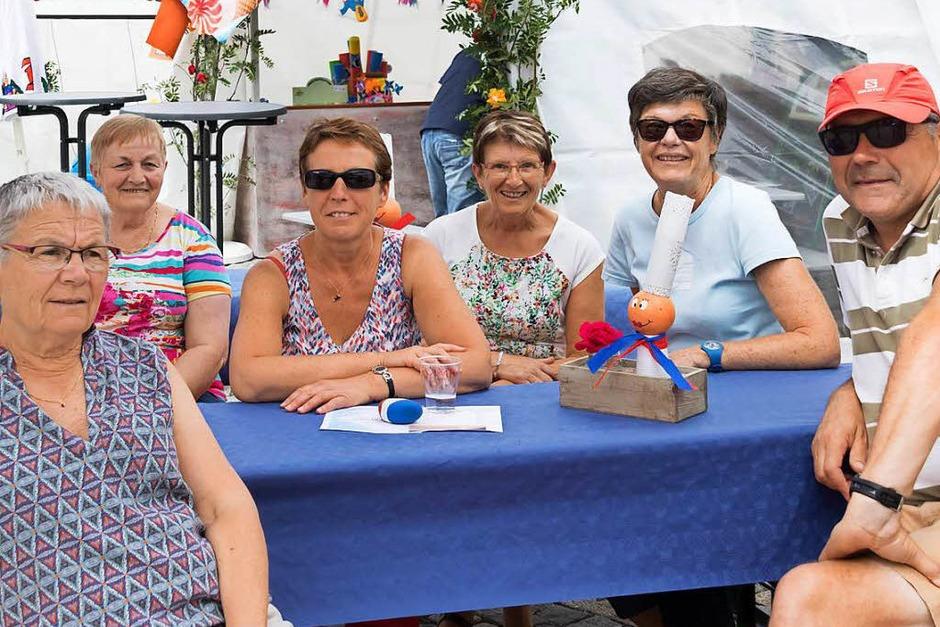 Freunde aus der Partnergemeinde Combrit waren beim Dorffest mit dabei. (Foto: Wilfried Dieckmann)