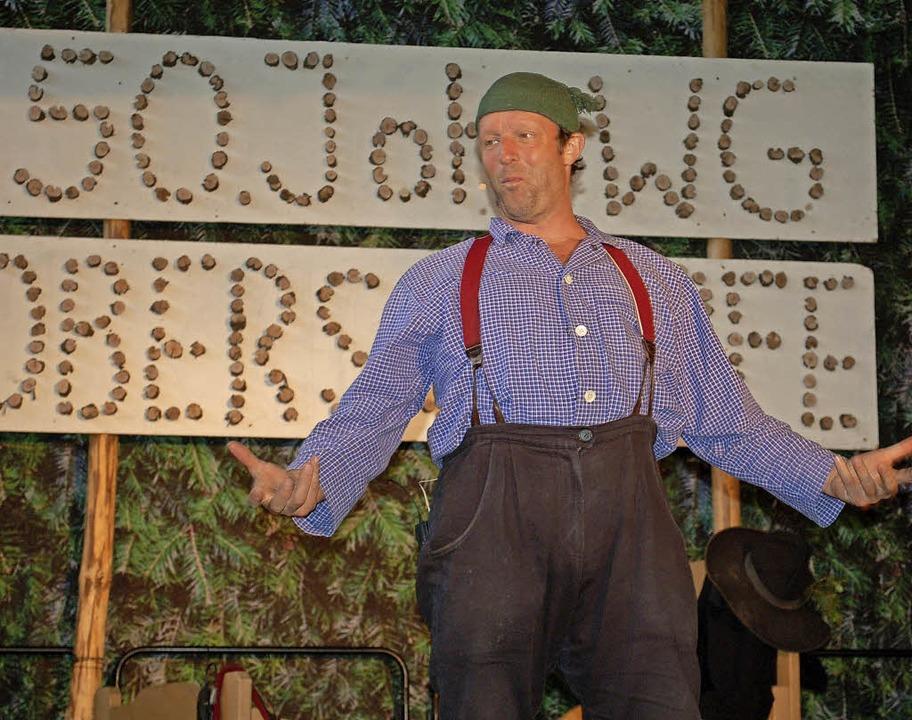 Kabarettist Martin Wangler alias Fidel...blikum mit seinen Kalauern zum Lachen.  | Foto: Barbara Röderer