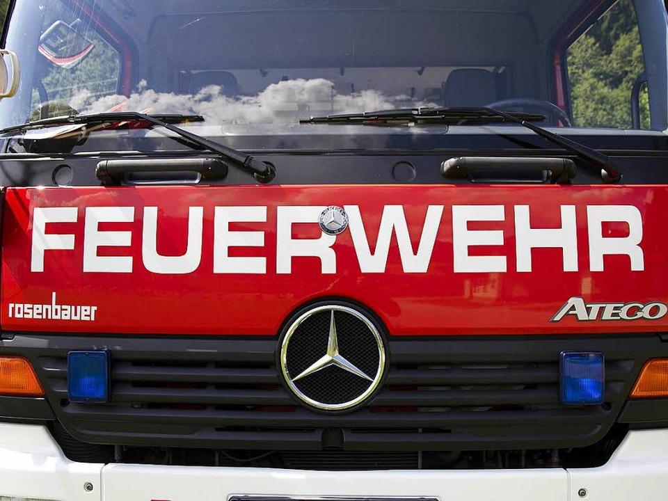 Die Feuerwehr Zell konnte am Freitag Schlimmeres verhindern.   | Foto: D. Fleig