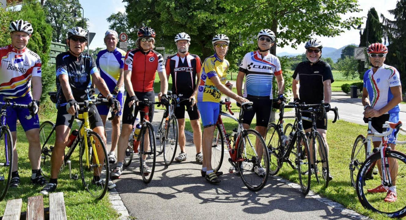 Die Rennradfahrer aus Gundelfingen treffen sich immer samstags.   | Foto: Andrea Steinhart