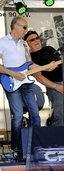 Mit E-Gitarre und Bass zum Rock-Duell