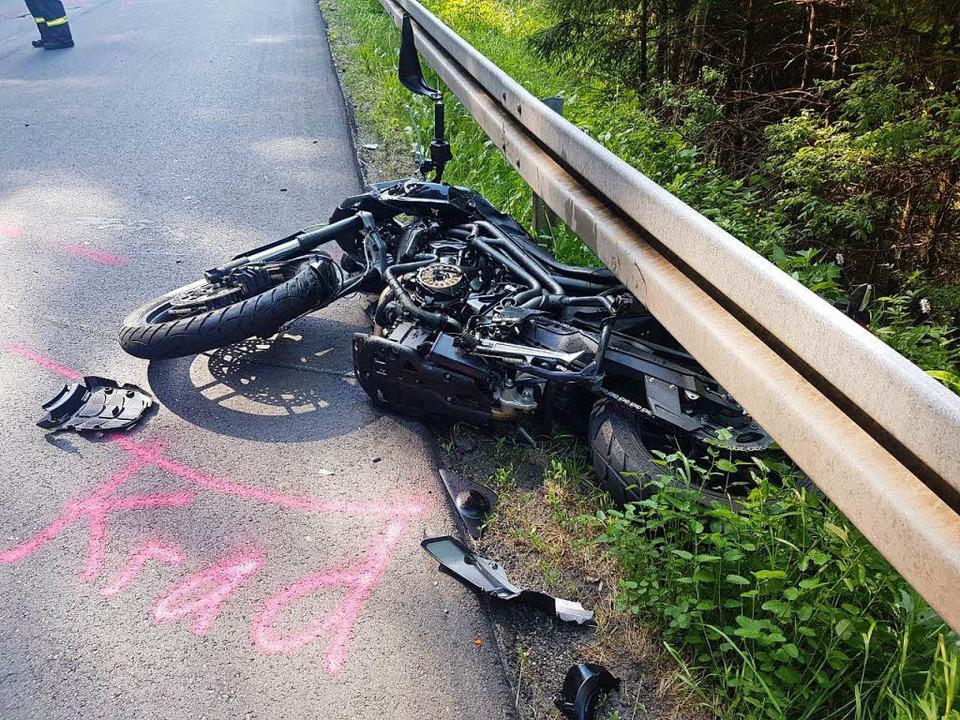 Unfall bei der Abfahrt nach Schollach   | Foto: Kamera 24