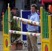 Ein Parcourschef, der die Reiter fordert, aber gut aussehen lässt