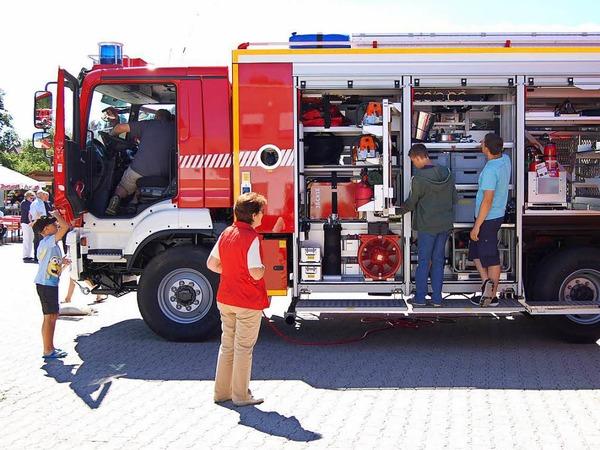 Mit einem Fest am Feuerwehrgerätehaus feierte die Freiwillige Feuerwehr St. Blasien die Weihe des neuen Rüstwagens.