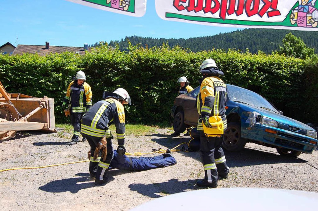 In zwei Minuten hatten die Feuerwehrmä...rank Bercher, dauerte das viel länger.    Foto: Claudia Renk