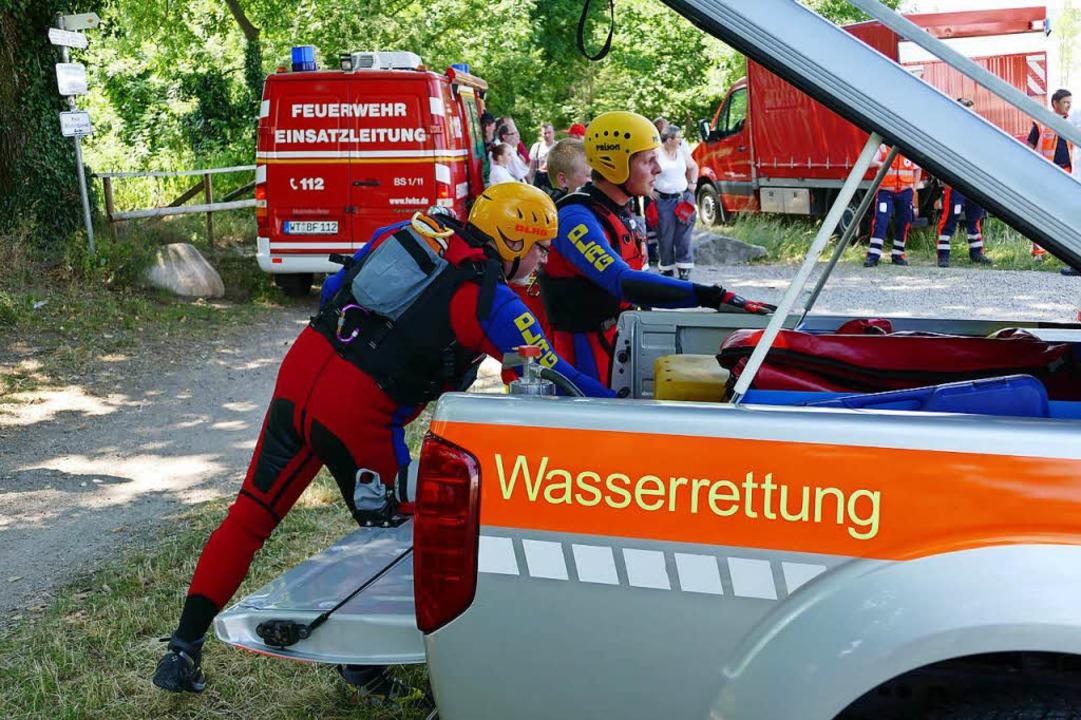 Bereit für den Einsatz, aber sie musst...ingreifen: die Wasserretter  der DLRG.    Foto: MARTIN KÖPFER