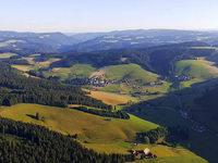 Adlerperspektive: Im Heißluftballon über den Hochschwarzwald