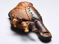 Basler Forscher untersuchen 3000 Jahre alte Zehprothese neu