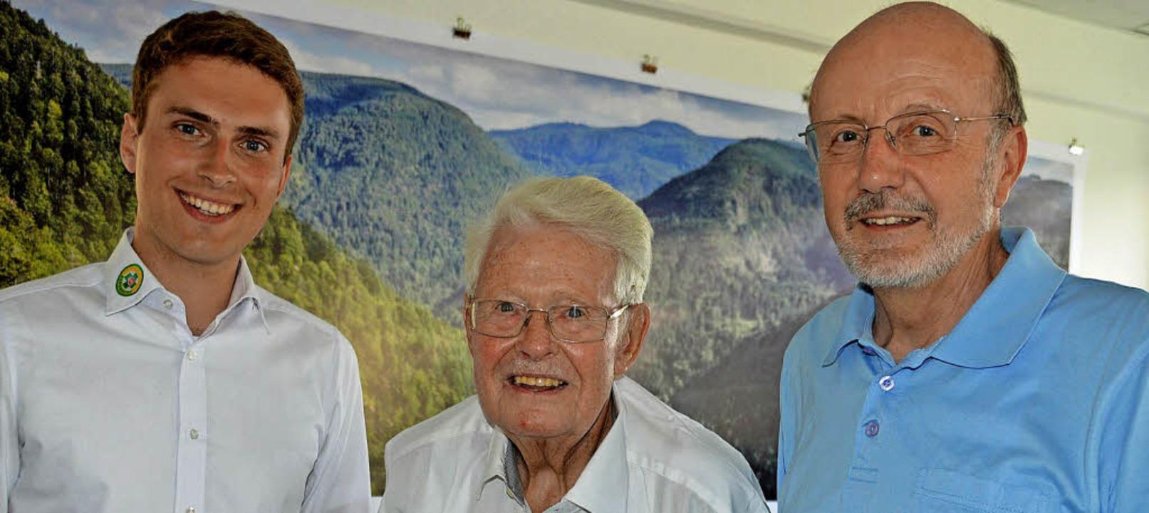 Drei Generationen von Bergwacht-Landes...999) und Frank Kühnel (1999 bis 2013).  | Foto: Gerhard Lück