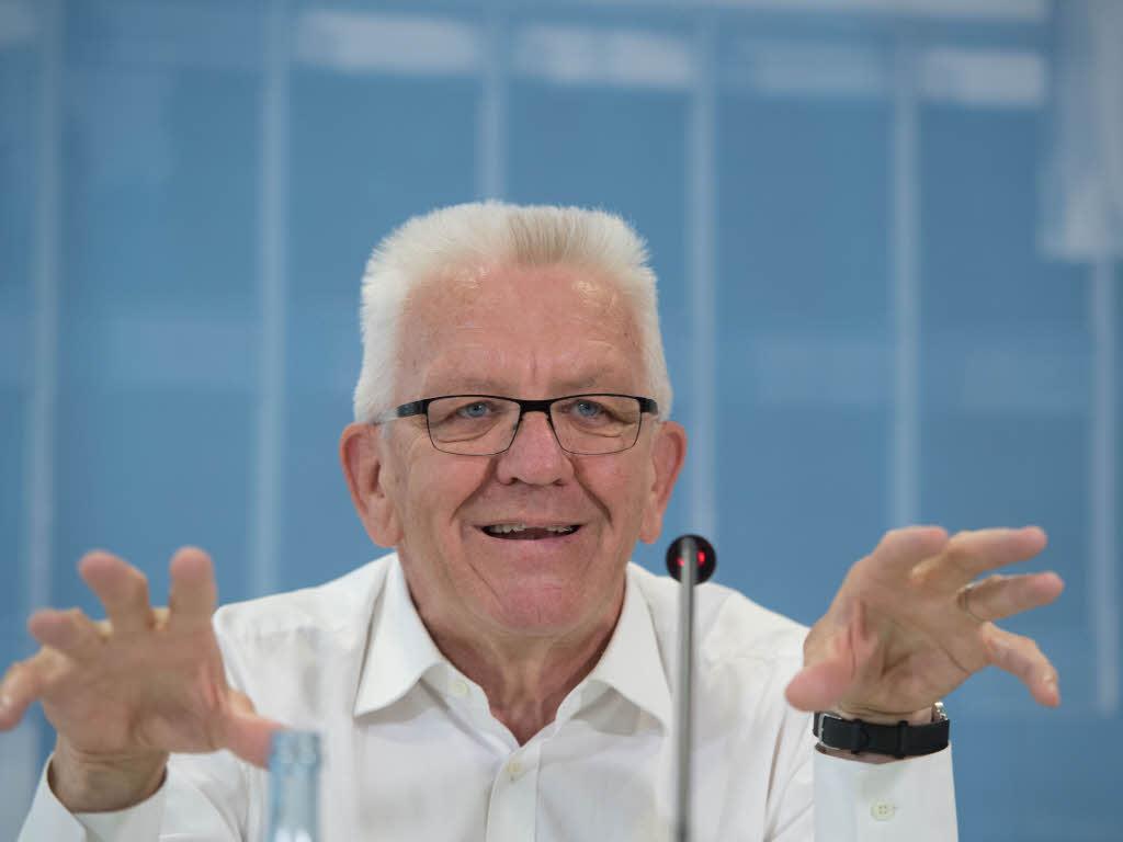 Parteien: Kretschmann lästert über Parteitagsbeschluss der Grünen