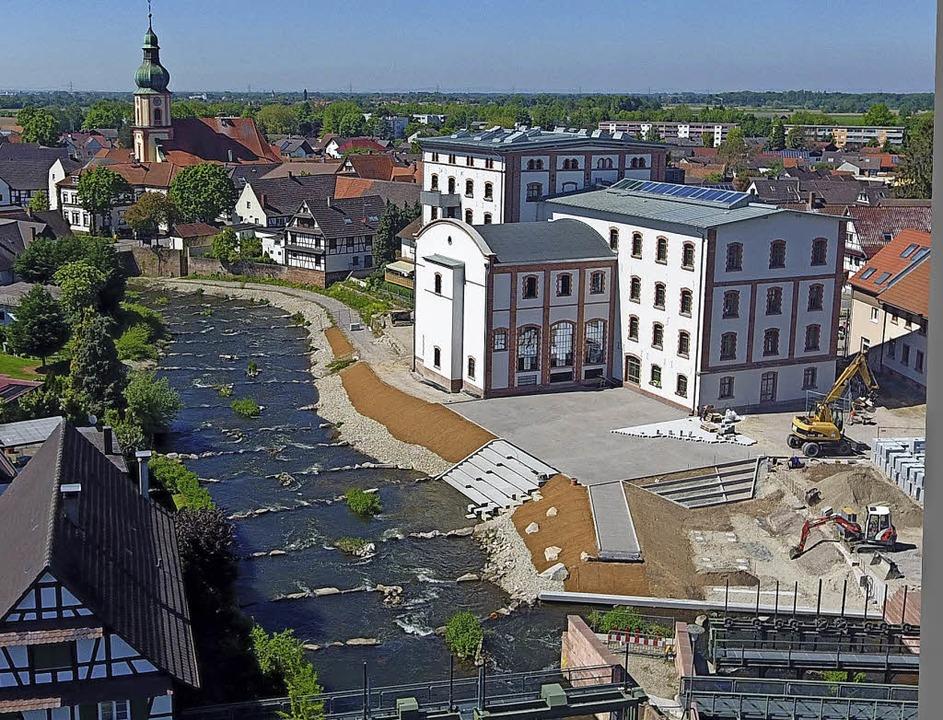 Sieht wirklich gelungen aus: die neue ...lstätt mit Rathaus in der Alten Mühle.    Foto: Rolf Hoffmann