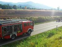600 Quadratmeter Feld in Flammen – Feuerwehr kann bei Kirchzarten rasch löschen
