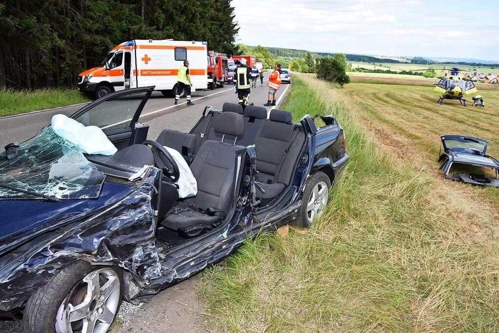 Friedenweiler BW - Schwerer Verkehrsunfall auf der B31