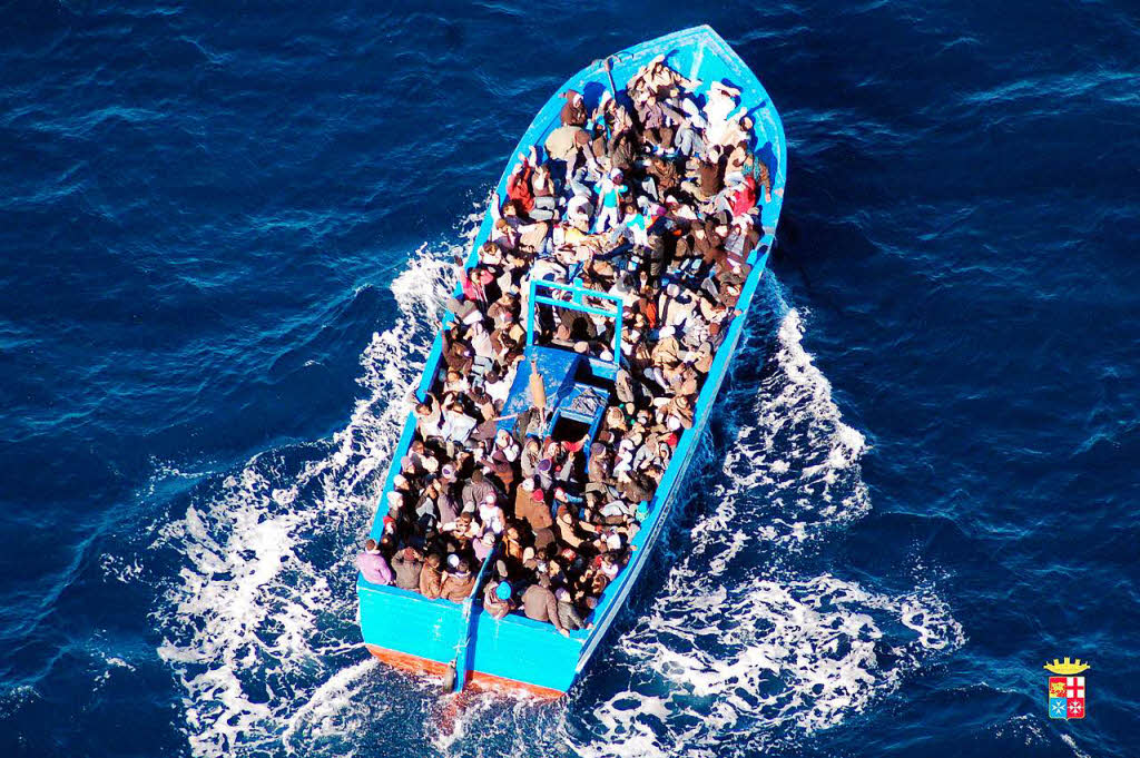 Zahl der Flüchtlinge über die Mittelmeerroute steigt kräftig