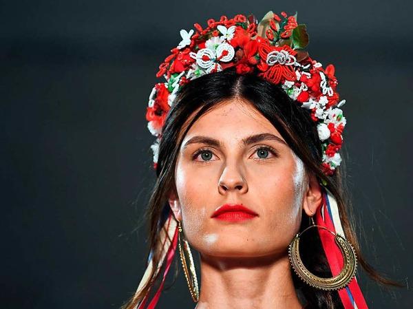 Blumenschmuck vom Label Lena Hoschek