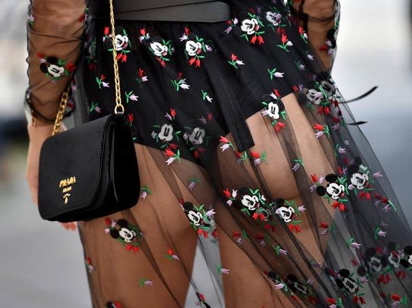 Auf dem Weg zur Modenschau vom Label Lena Hoschek