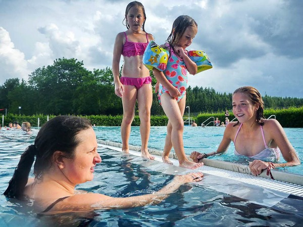 Zu einem Fest für alle Generationen und Temperamente geriet das Fest am Löffinger Schwimmbecken.