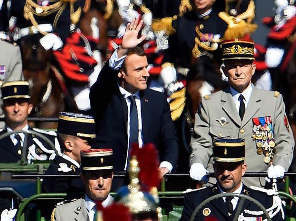 Präsident Emmanuel Macron zusammen mit dem Chef des französischen Generalstabs Pierre de Villiers