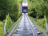 Dattlerbahn bleibt stecken – und der Wirt macht den Aufzug selbst wieder flott