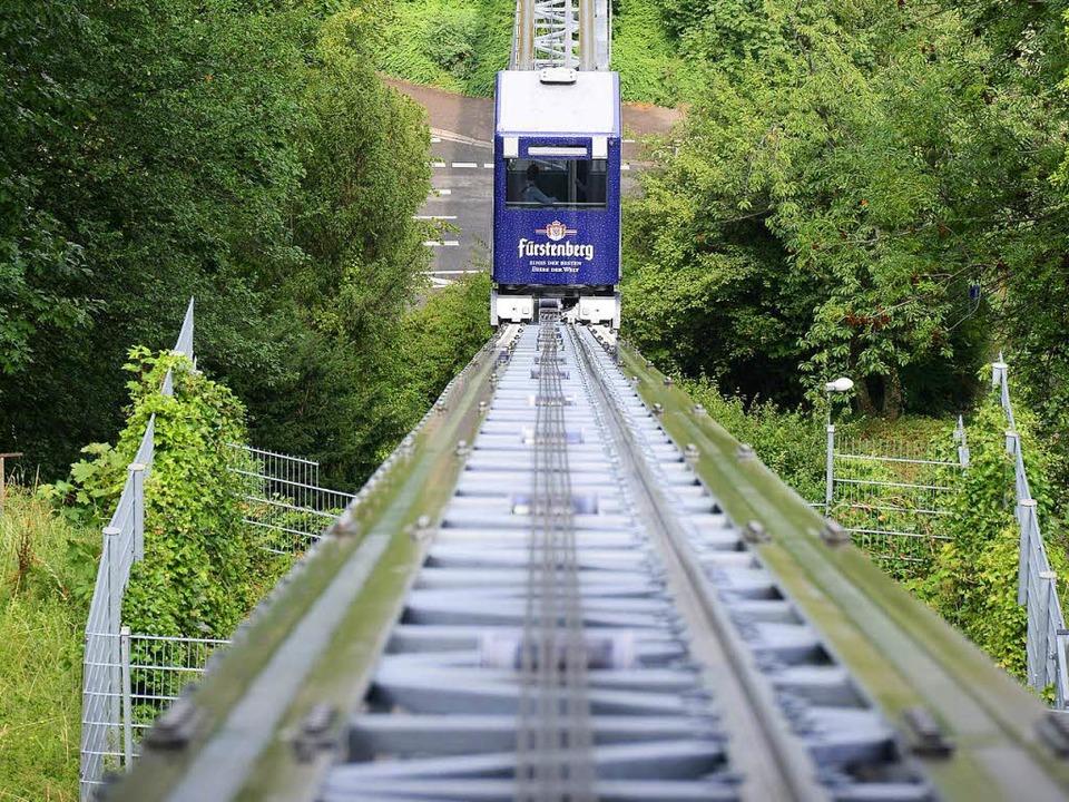 Der Schrägaufzug überwindet gut 70 Höhenmeter.  | Foto: Ingo Schneider